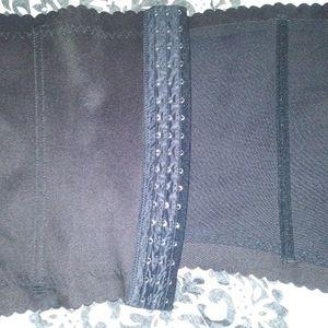 Other - !!NWOT!! Women's waist cincher